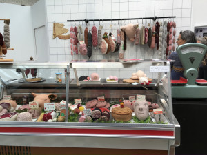 Knitted_Meat_Market1